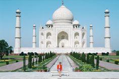 William e Kate al Taj Mahal (sulla panchina di Lady D) - VanityFair.it