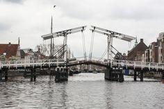 Zugbrücken in Leiden Holland http://www.travelworldonline.de/traveller/leiden-holland-vom-boot-aus-kennenlernen/?utm_content=bufferee5f2&utm_medium=social&utm_source=pinterest.com&utm_campaign=buffer ... #trh15 #ontdeckleiden #leiden #holland