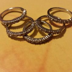 Forever 21 Midi Rings Set of 5 new without tags Forever 21 Accessories