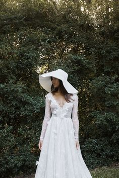 Titled Elysian, this collection has been 18 months in the making. Elysian includes designs like youve never seen before from Grace Loves Lace. From the newly introduced stretch crepe fabric to the revolutionary bridal backpack; it's truly unique and has something for everyone.