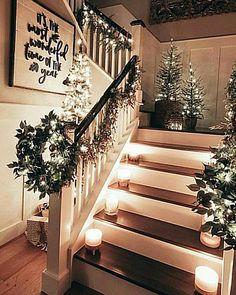 Decoration Christmas, Noel Christmas, Rustic Christmas, Xmas Decorations, All Things Christmas, Winter Christmas, Christmas Entryway, Christmas Ornament, Christmas Treats