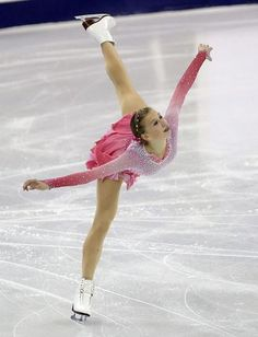 Polina Edmunds of US finishes 4th at Cup of China