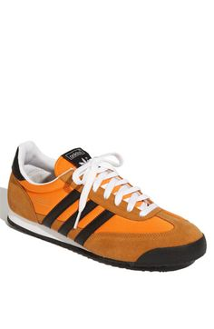 Love a pair.but want a different color Adidas Fashion, Sneakers Fashion, Mens Fashion, Suede Sneakers, Adidas Sneakers, Adidas Runners, Sneaker Brands, Adidas Originals, Casual Shoes