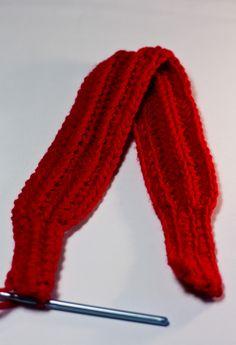 Easy Headband {Earwarmer} Crochet Pattern via Hopeful Honey