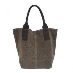 Forme cabas en véritable peau parsemé de petit quadrillages. Anses en cuir, se porte à la main ou en bandoulière #saccabas #handbag #vimoda