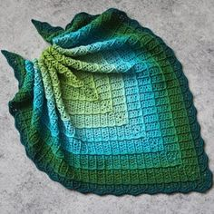 Boho Crochet Patterns, Crochet Wrap Pattern, Crochet Headband Pattern, Shawl Patterns, Basic Crochet Stitches, Crochet Cowls, Crochet Scarves, Crochet Triangle Scarf, Crochet Shawls And Wraps