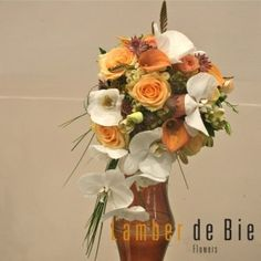 Peach and white bridal flowers