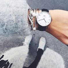 Cool armcandy, loving the Daniel Wellington watch!