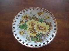 Vintage Brinn's wall plate hand painted #T1144 gold trim yellow flowers Japan