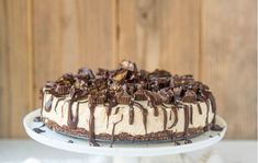 LOW CARB KETO PEANUT BUTTER CHEESECAKE | Buzzy | Page 2