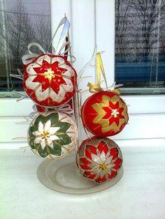 prvé vianočné guľky :)