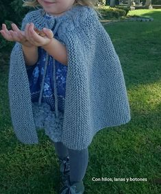 Knitting For Kids, Baby Knitting, Summer Jacket, Capelet, Baby Hacks, Arm Warmers, Needlework, Knit Crochet, Sewing