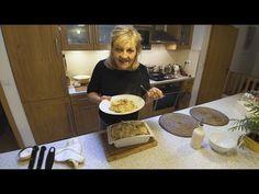 Video recept Kološvárska kapusta | Zuzana Machová Dog Bowls, Pancakes, Good Food, Bread, Breakfast, Youtube, Desserts, Recipes, Cooking