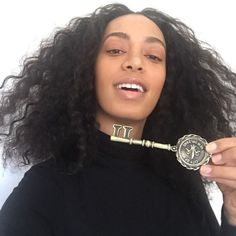 Solange receives a key to the city of New Orleans from its Mayor