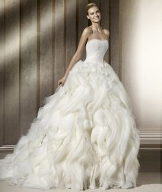 Pronovias sleeveless wedding dress bridal gown ESCORIAL