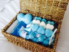 Blue and white hearts - soap and bath bombs set, perfect for Valentines day