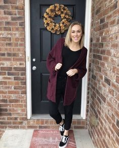 Outfits With Vans – Lady Dress Designs Checkered Vans Outfit, Black Vans Outfit, Black Leggings Outfit, Tribal Leggings, Black Outfits, Sweater Outfits, Fall Outfits, Casual Outfits, Cute Outfits