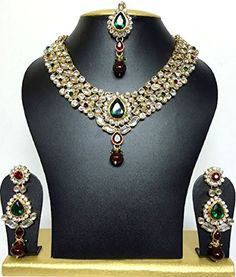 Bollywood Wedding, Indian Bollywood, Bollywood Style, Indian Jewelry Sets, Bridal Jewelry Sets, Wedding Jewelry, Wedding Necklace Set, Indian Wedding Wear, Green Stone