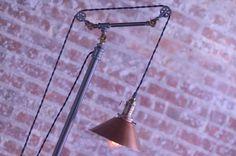 Poulie lampadaire lampe sur pied réglable par newwineoldbottles