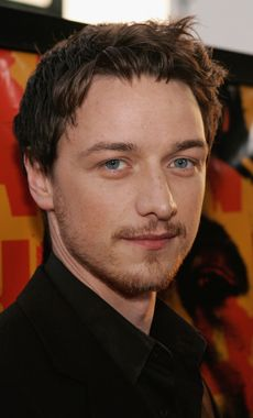 """James McAvoy at the Hollywood premiere of """"The Last King of Scotland. James Mcavoy, Glasgow, Actors Funny, Theater, Charles Xavier, Scottish Actors, Robert D, Ryan Reynolds, Hollywood Actor"""