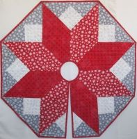 Northcott Hurry Up Santa Scandi Christmas Tree Skirt - Finished Sample