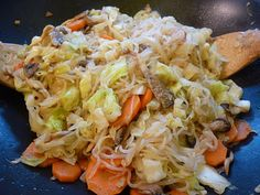 """Foods For Long Life: Noodles With Zero Calories? Celebrate The """"Year Of The Dragon"""" And Shed Pounds With This Cabbage And Oyster Mushroom Stir Fry Featuring """"Miracle Noodles"""" - Vegan And Gluten Free!"""