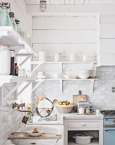 dreamy whites lifestyle kitchen    blue lacanche range