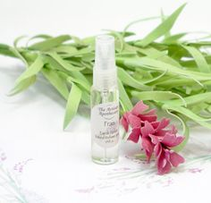 Frais Natural Perfume Spray Artisan by TheArtisanApothecary