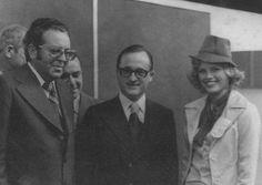 Ursula ao lado do governador Antonio Carlos Konder Reis (C) e do prefeito Eugênio Strebe (E). Foto: acervo pessoal