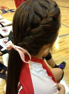A simple cute braid for athletic activities. It would be perfect if I only had outrageously thick hair.