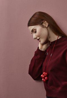 Malla necklace by Marianne Siponmaa. www.aarikka.com