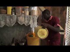 Kenia - Niven woont in een sloppenwijk van Nairobi. Hij laat zien waar hij water haalt en een douche neemt.