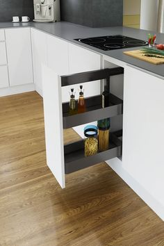 Classic Pull Out Unit Brought Up to Date Kitchen Set Up, Storage Bench Bedroom, Contemporary Kitchen, Kitchen Design, Bedroom Storage, Narrow Kitchen Storage Unit, Kitchen Sets, Corner Storage Cabinet, German Design