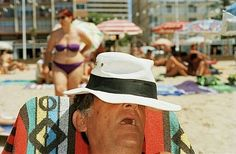 For over forty years, Martin Parr has photographed beach culture around the globe. From the world-famous waterfronts of Cannes and Copacabana to the lesser… Social Photography, Street Photography, Photography Projects, Urban Photography, People Photography, Color Photography, Film Photography, White Photography, Landscape Photography