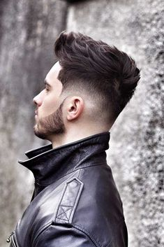 hair and beard styles Rocking a drop fade haircut means never leave the spotlight. Dive in to learn how to get and style the new trend in mens fashion! Mens Hairstyles With Beard, Cool Hairstyles For Men, Boy Hairstyles, Hair And Beard Styles, Haircuts For Men, Beard Styles For Men, Short Hair Cuts, Short Hair Styles, Fade Haircut Styles