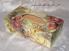 DECOUPAGE CHUSTECZNIK - Szukaj w Google Tissue Box Covers, Tissue Boxes, Kleenex Box, Decoupage Ideas, Shabby Chic, Art Deco, Google, Painting, Vintage