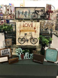 Hobby lobby merchandising table displays work