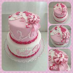 Paarden taart (Demi's Cupcakes & Taarten )