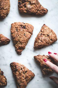 pecan cranberry oat scones - baking magique