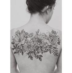 Image result for middle back flower tattoos #backtattoos