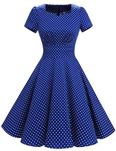 Blue and white polka dot vintage swing dress. Retro Stil, Vintage Stil, Setswana Traditional Dresses, Types Of Dresses, Short Sleeve Dresses, Mode Outfits, Fashion Outfits, Shweshwe Dresses, Vintage Dresses
