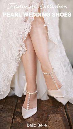 Unique Wedding Shoes, Wedge Wedding Shoes, Designer Wedding Shoes, Wedding Shoes Bride, Bride Flats, Wedding Accessories, Wedding Garters, Vintage Wedding Shoes, Valentino Wedding Shoes