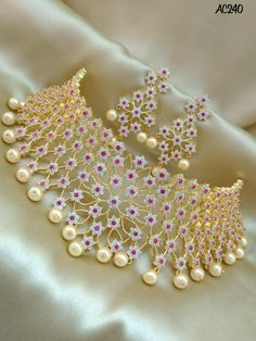 Fancy Jewellery, Antique Jewellery Designs, Indian Bridal Jewelry Sets, Jewelry Design Earrings, Retro, Jhumkas Earrings, Necklace Set, Diy Design, Choker