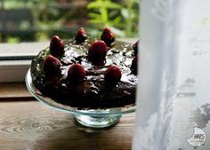 Chocolate cake for Father's Day. / Ciasto czekoladowe na Dzień Taty.