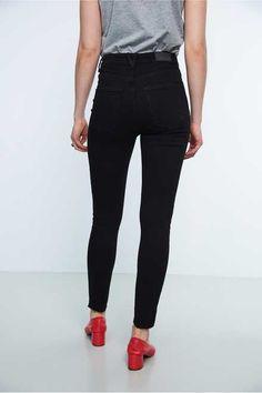 Gina curve jeans Svart