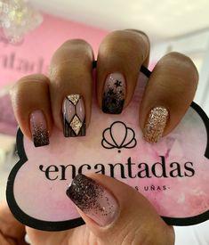 Stiletto Nail Art, Cute Acrylic Nails, Matte Nails, Black Nails, Elegant Nails, Nail Spa, Short Nails, Love Nails, Beauty Nails