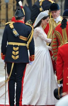 Kate Middleton Photo - Royal Wedding - Carriage Procession To Buckingham Palace And Departures