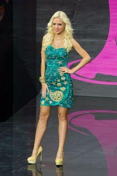 2013 Miss Universe National Costume Show..............SLOVENIA