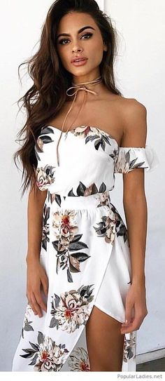 Floral dress with nude necklace