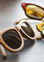 Okulary przeciwsłoneczne drewniane modne wayfarer